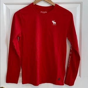 NWT Abercrombie Kids Boys Long-Sleeved Tee 13/14